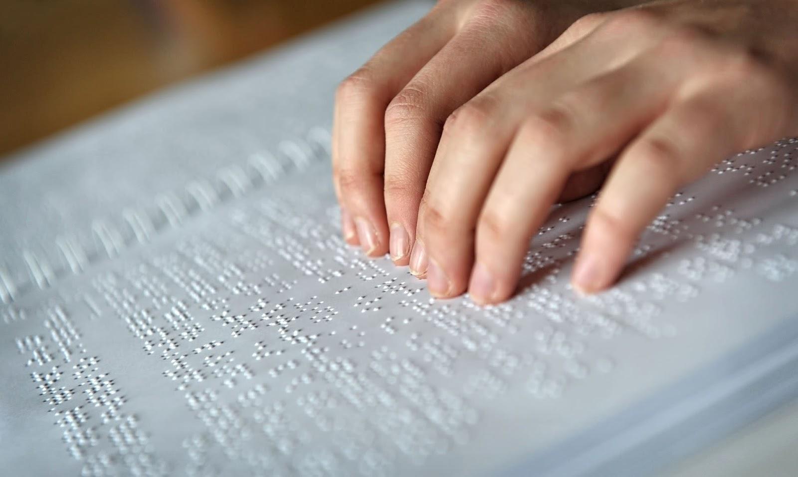 El braille tiene un nuevo método en su alfabetización