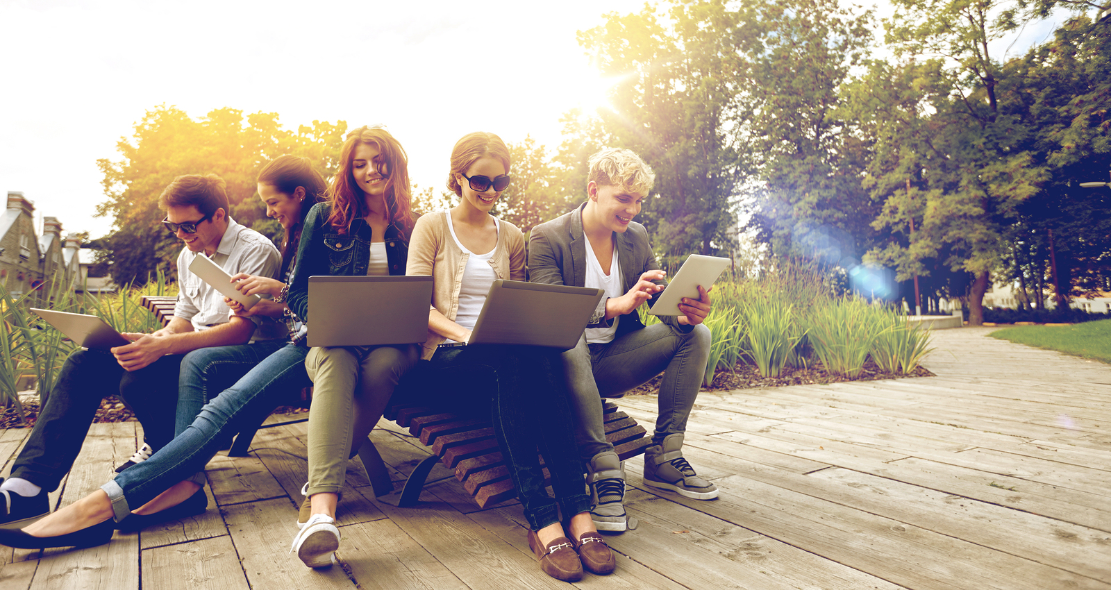 summer, communication, technology , education and teenage concep